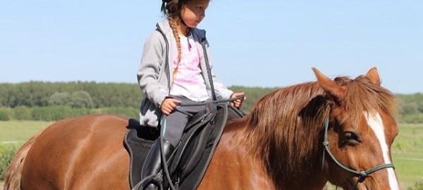 les, kinderles, paardrijden